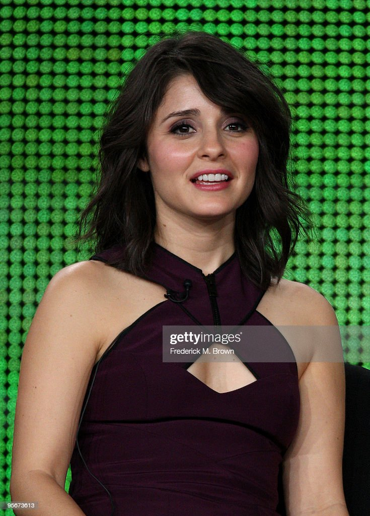 Actress <a gi-track='captionPersonalityLinkClicked' href=/galleries/search?phrase=Shiri+Appleby&family=editorial&specificpeople=240294 ng-click='$event.stopPropagation()'>Shiri Appleby</a> speaks onstage at the CW 'Life Unexpected' Q&A portion of the 2010 Winter TCA Tour day 1 at the Langham Hotel on January 9, 2010 in Pasadena, California.