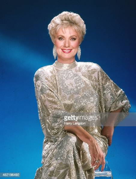 Actress Shirley Jones poses for a portrait in 1986 in Los Angeles California