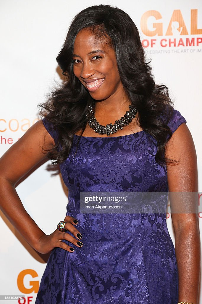 Actress Shondrella Avery attends CoachArt's 9th Annual 'Gala Of Champions' at The Beverly Hilton Hotel on October 17, 2013 in Beverly Hills, California.