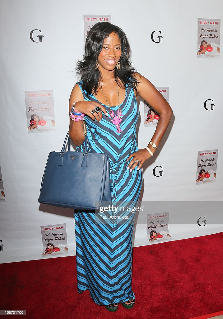 Actress <a gi-track='captionPersonalityLinkClicked' href=/galleries/search?phrase=Shondrella+Avery&family=editorial&specificpeople=583921 ng-click='$event.stopPropagation()'>Shondrella Avery</a> attends the release party for Niecy Nash new book 'It's Hard To Fight Naked' at the Luxe Rodeo Drive Hotel on May 14, 2013 in Beverly Hills, California.