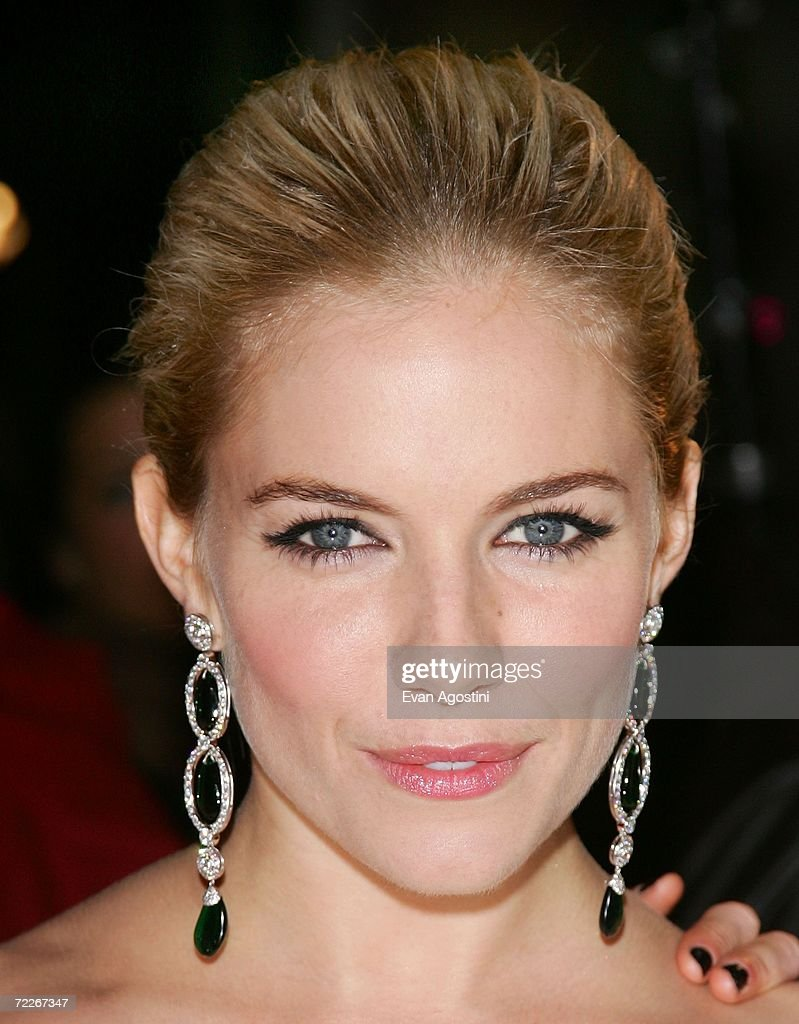 Actress Sienna Miller arrives to celebrate Marchesa's second anniversary at Bergdorf Goodman October 25 2006 in New York City