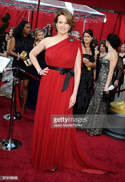 Actress Sigourney Weaver arrives at the 82nd Annual Academy Awards held at Kodak Theatre on March 7 2010 in Hollywood California