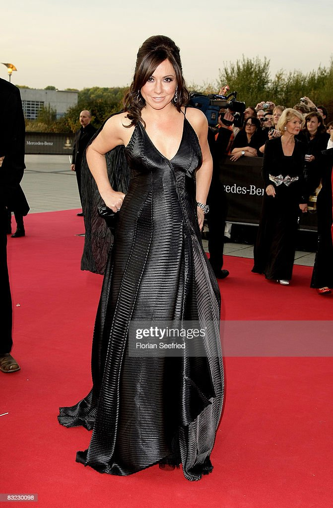 Actress Simone Thomalla arrives for the German TV Award 2008 at the Coloneum on October 11, 2008 in Cologne, Germany.