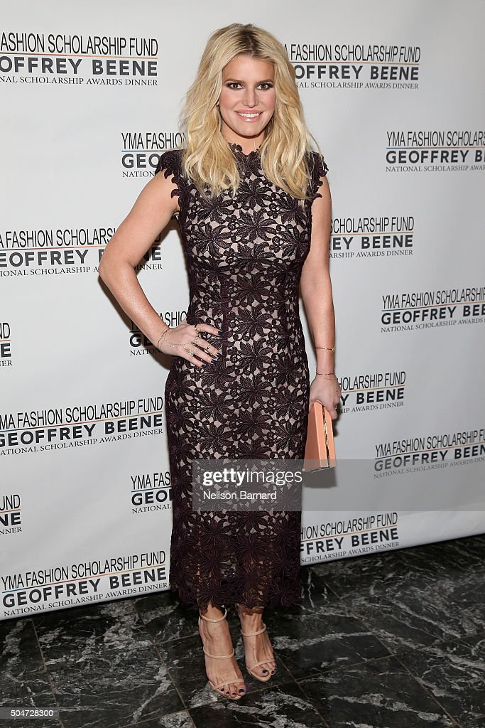 Actress singer and fashion entrepreneur Jessica Simpson attends the YMA Fashion Scholarship Fund Geoffrey Beene National Scholarship Awards Gala at...