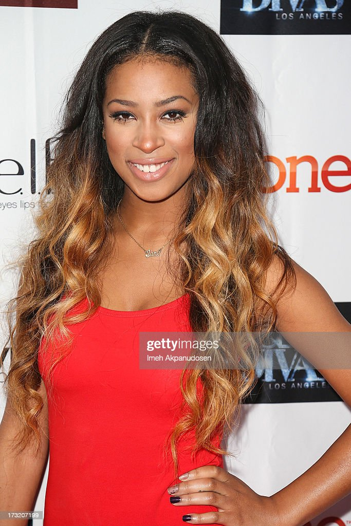 Actress Skye Townsend attends the series premiere of TV One's 'R&B Divas LA' at The London Hotel on July 9, 2013 in West Hollywood, California.