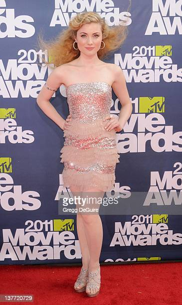 Actress Skyler Samuels arrives at the 2011 MTV Movie Awards at the Gibson Amphitheatre on June 5 2011 in Universal City California