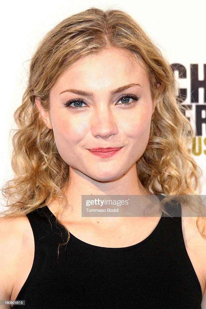 Actress <a gi-track='captionPersonalityLinkClicked' href=/galleries/search?phrase=Skyler+Samuels&family=editorial&specificpeople=5534190 ng-click='$event.stopPropagation()'>Skyler Samuels</a> attends the 'Butch Walker: Out Of Focus' Los Angeles premiere at Laemmle's Music Hall 3 on September 17, 2013 in Beverly Hills, California.