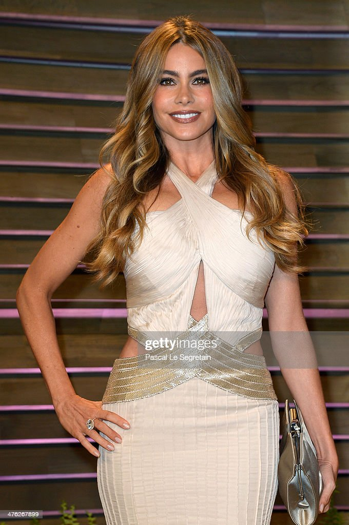 Actress Sofía Vergara attends the 2014 Vanity Fair Oscar Party hosted by Graydon Carter on March 2, 2014 in West Hollywood, California.