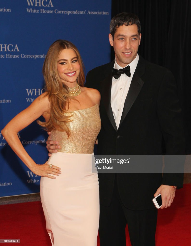 Actress <a gi-track='captionPersonalityLinkClicked' href=/galleries/search?phrase=Sofia+Vergara&family=editorial&specificpeople=214702 ng-click='$event.stopPropagation()'>Sofia Vergara</a> (L) and <a gi-track='captionPersonalityLinkClicked' href=/galleries/search?phrase=Nick+Loeb&family=editorial&specificpeople=7091574 ng-click='$event.stopPropagation()'>Nick Loeb</a> attend the 100th Annual White House Correspondents' Association Dinner at the Washington Hilton on May 3, 2014 in Washington, DC.