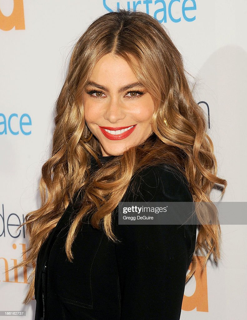 sofia vergara actress arrives - photo #17