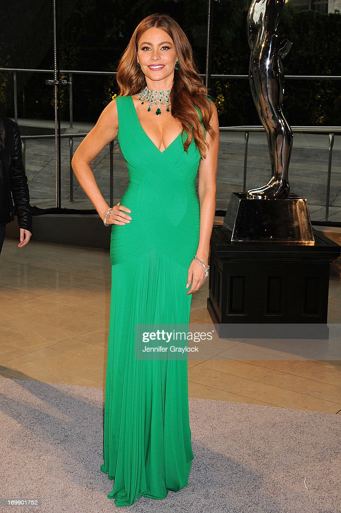 Actress <a gi-track='captionPersonalityLinkClicked' href=/galleries/search?phrase=Sofia+Vergara&family=editorial&specificpeople=214702 ng-click='$event.stopPropagation()'>Sofia Vergara</a> attends 2013 CFDA FASHION AWARDS underwritten by Swarovski at Lincoln Center on June 3, 2013 in New York City.