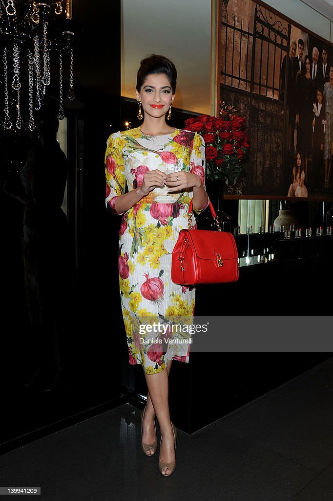 Actress <a gi-track='captionPersonalityLinkClicked' href=/galleries/search?phrase=Sonam+Kapoor&family=editorial&specificpeople=4504004 ng-click='$event.stopPropagation()'>Sonam Kapoor</a> attends Dolce & Gabbana VIP Room at the Metropol during Milan Womenswear Fashion Week on February 26, 2012 in Milan, Italy.