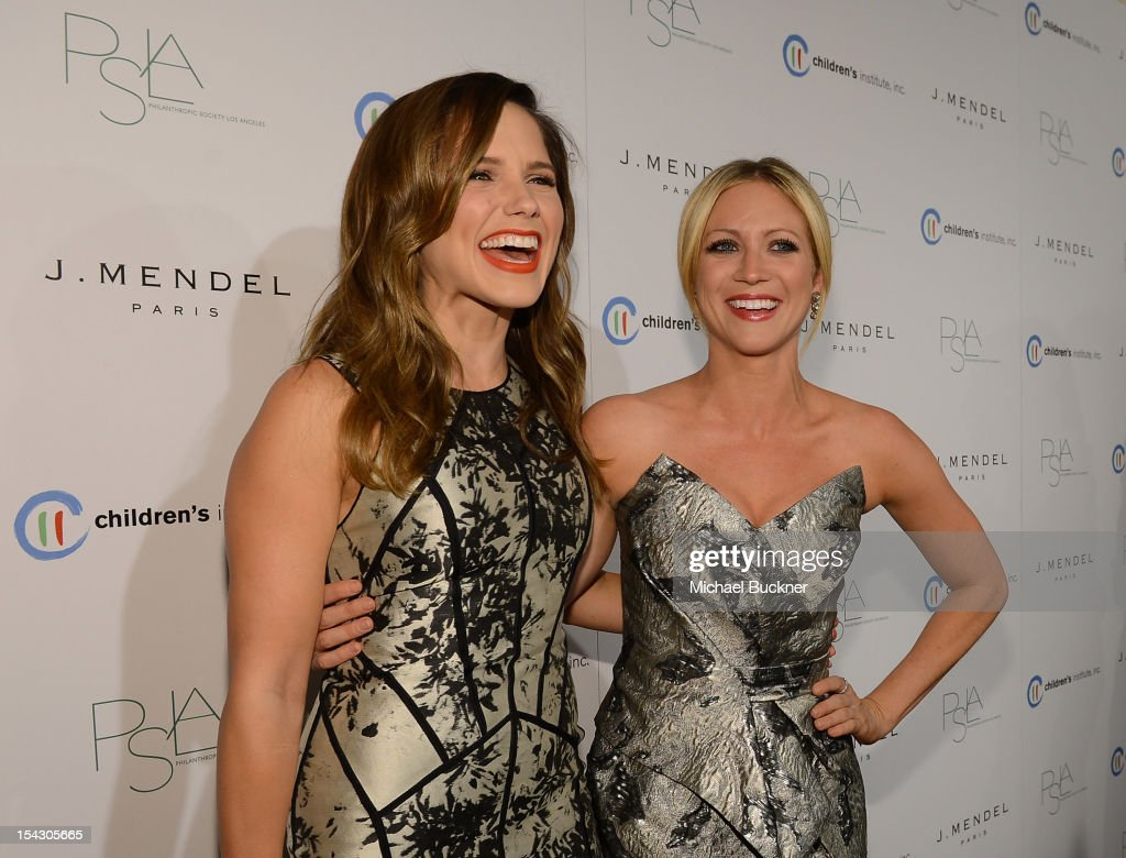 Actress <a gi-track='captionPersonalityLinkClicked' href=/galleries/search?phrase=Sophia+Bush&family=editorial&specificpeople=203180 ng-click='$event.stopPropagation()'>Sophia Bush</a> (L) and actress <a gi-track='captionPersonalityLinkClicked' href=/galleries/search?phrase=Brittany+Snow&family=editorial&specificpeople=206624 ng-click='$event.stopPropagation()'>Brittany Snow</a> arrive at The 3rd Annual Autumn Party Feature a fashion show by J. Mendel Benefitting Children's Institute, Inc. at The London on October 17, 2012 in West Hollywood, California.