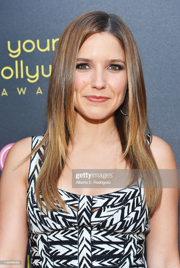 Actress <a gi-track='captionPersonalityLinkClicked' href=/galleries/search?phrase=Sophia+Bush&family=editorial&specificpeople=203180 ng-click='$event.stopPropagation()'>Sophia Bush</a> arrives at 14th Annual Young Hollywood Awards presented by Bing at Hollywood Athletic Club on June 14, 2012 in Hollywood, California.