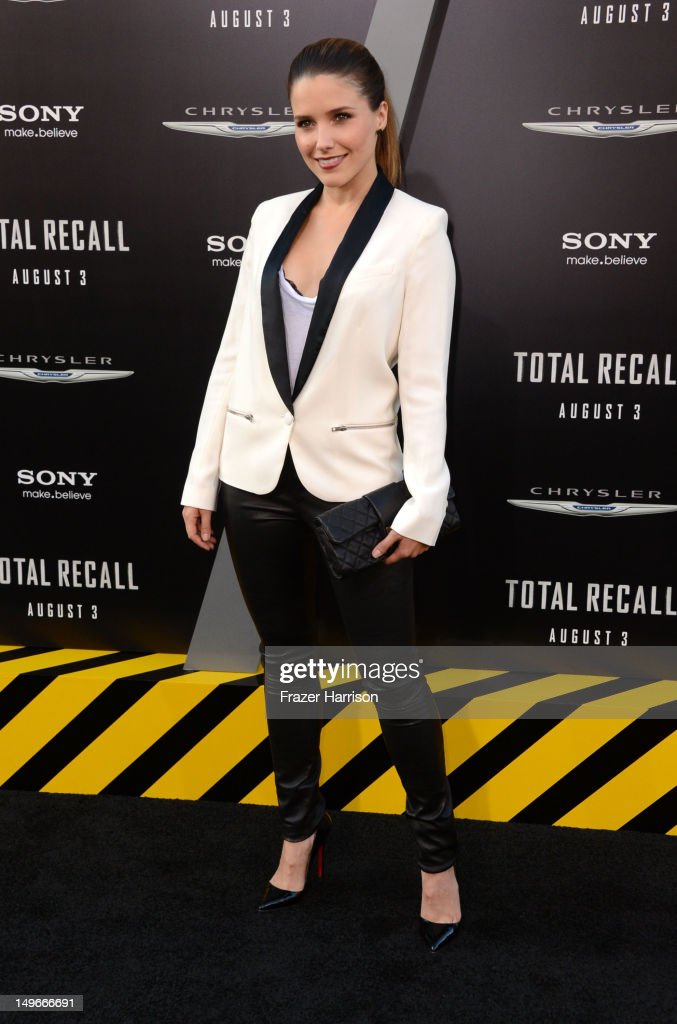 Actress Sophia Bush arrives at the premiere of Columbia Pictures' 'Total Recall' held at Grauman's Chinese Theatre on August 1, 2012 in Hollywood, California