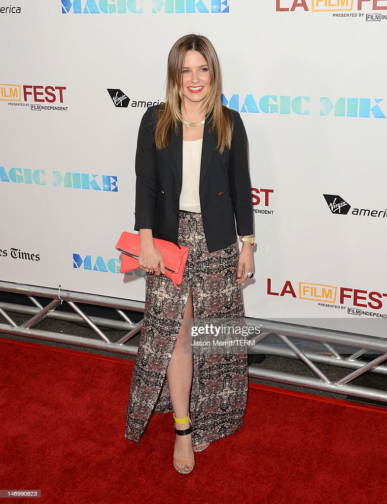 Actress <a gi-track='captionPersonalityLinkClicked' href=/galleries/search?phrase=Sophia+Bush&family=editorial&specificpeople=203180 ng-click='$event.stopPropagation()'>Sophia Bush</a> arrives at the premiere of Warner Bros. Pictures' 'Magic Mike' during the 2012 Los Angeles Film Festival at Regal Cinemas L.A. Live on June 24, 2012 in Los Angeles, California.