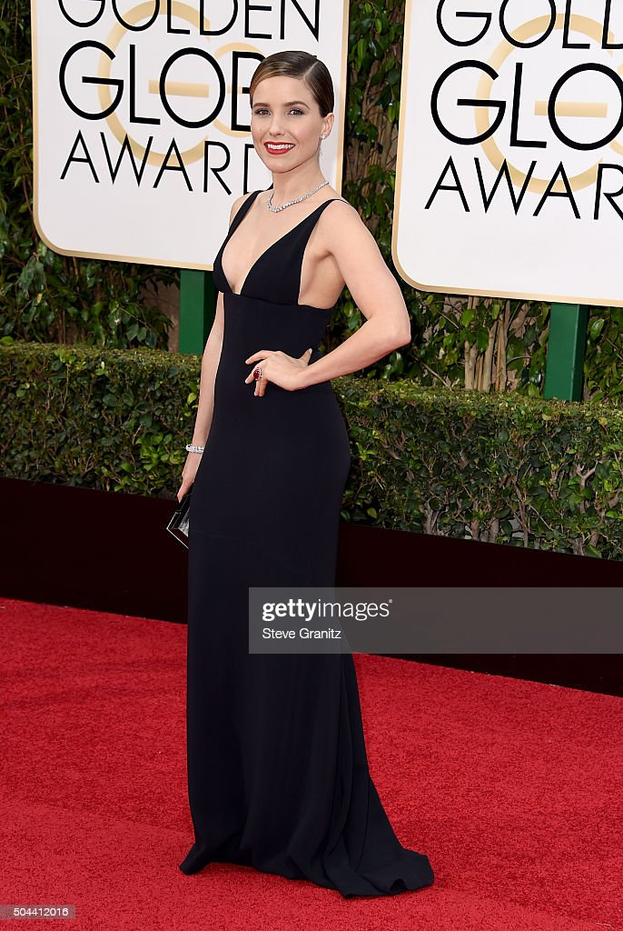 Actress Sophia Bush attends the 73rd Annual Golden Globe Awards held at the Beverly Hilton Hotel on January 10, 2016 in Beverly Hills, California.