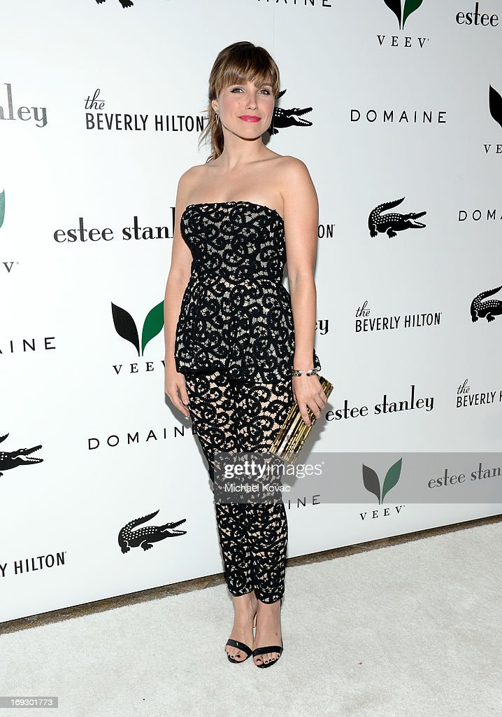 Actress <a gi-track='captionPersonalityLinkClicked' href=/galleries/search?phrase=Sophia+Bush&family=editorial&specificpeople=203180 ng-click='$event.stopPropagation()'>Sophia Bush</a> attends The Beverly Hilton unveiling of the redesigned Aqua Star Pool By Estee Stanley at The Beverly Hilton Hotel on May 22, 2013 in Beverly Hills, California.