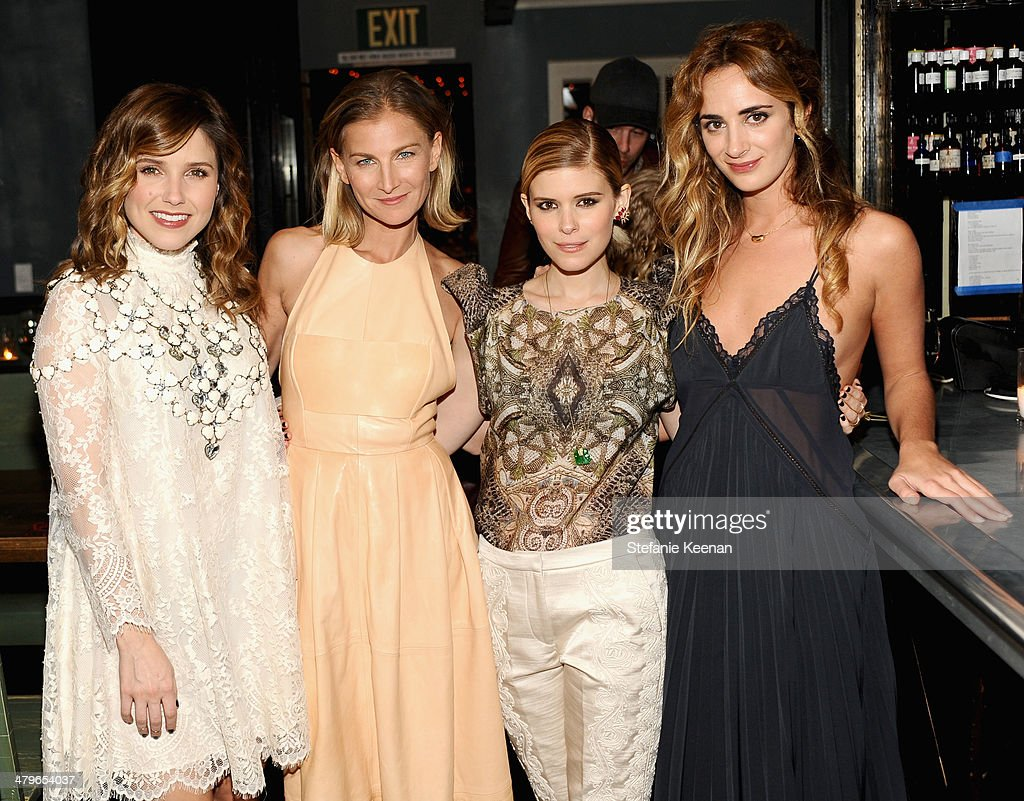Actress <a gi-track='captionPersonalityLinkClicked' href=/galleries/search?phrase=Sophia+Bush&family=editorial&specificpeople=203180 ng-click='$event.stopPropagation()'>Sophia Bush</a>, Ever Manifesto founder Elizabeth von Guttman, actress <a gi-track='captionPersonalityLinkClicked' href=/galleries/search?phrase=Kate+Mara&family=editorial&specificpeople=544680 ng-click='$event.stopPropagation()'>Kate Mara</a> and Ever Manifesto founder <a gi-track='captionPersonalityLinkClicked' href=/galleries/search?phrase=Alexia+Niedzielski&family=editorial&specificpeople=4865022 ng-click='$event.stopPropagation()'>Alexia Niedzielski</a> attend H&M Conscious Exclusive Dinner at Eveleigh on March 19, 2014 in West Hollywood, California.