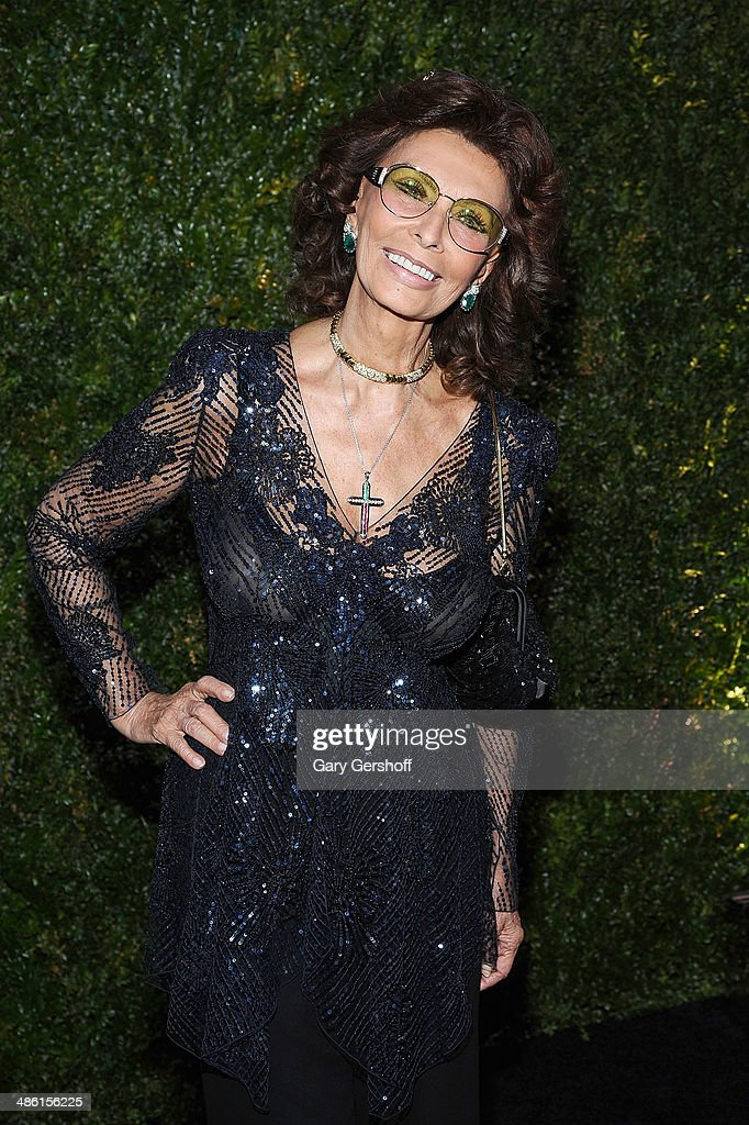 Actress <a gi-track='captionPersonalityLinkClicked' href=/galleries/search?phrase=Sophia+Loren&family=editorial&specificpeople=94097 ng-click='$event.stopPropagation()'>Sophia Loren</a> attends the Chanel Tribeca Film Festival Artist Dinner at Balthazer on April 22, 2014 in New York City.