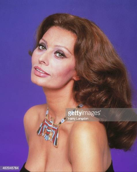 Actress Sophia Loren poses for a portrait in 1988 in Los Angeles California