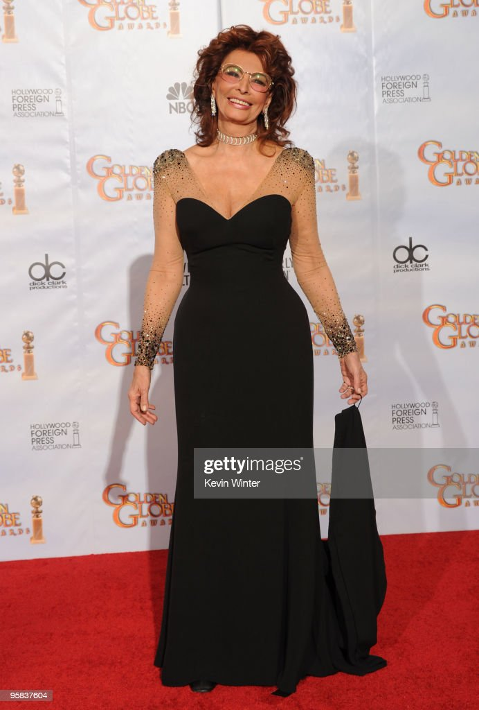 Actress <a gi-track='captionPersonalityLinkClicked' href=/galleries/search?phrase=Sophia+Loren&family=editorial&specificpeople=94097 ng-click='$event.stopPropagation()'>Sophia Loren</a> poses in the press room at the 67th Annual Golden Globe Awards held at The Beverly Hilton Hotel on January 17, 2010 in Beverly Hills, California.