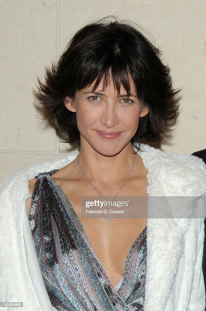 Actress <a gi-track='captionPersonalityLinkClicked' href=/galleries/search?phrase=Sophie+Marceau&family=editorial&specificpeople=220531 ng-click='$event.stopPropagation()'>Sophie Marceau</a> attends the premiere of 'L'Homme de chevet' at Cinematheque Francaise on November 9, 2009 in Paris, France.