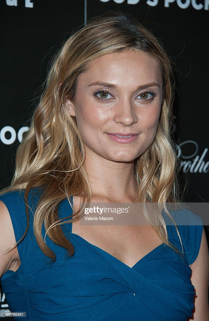Actress <a gi-track='captionPersonalityLinkClicked' href=/galleries/search?phrase=Spencer+Grammer&family=editorial&specificpeople=3214329 ng-click='$event.stopPropagation()'>Spencer Grammer</a> arrives at the Premiere Of IFC Films' 'God's Pocket' at LACMA on May 1, 2014 in Los Angeles, California.
