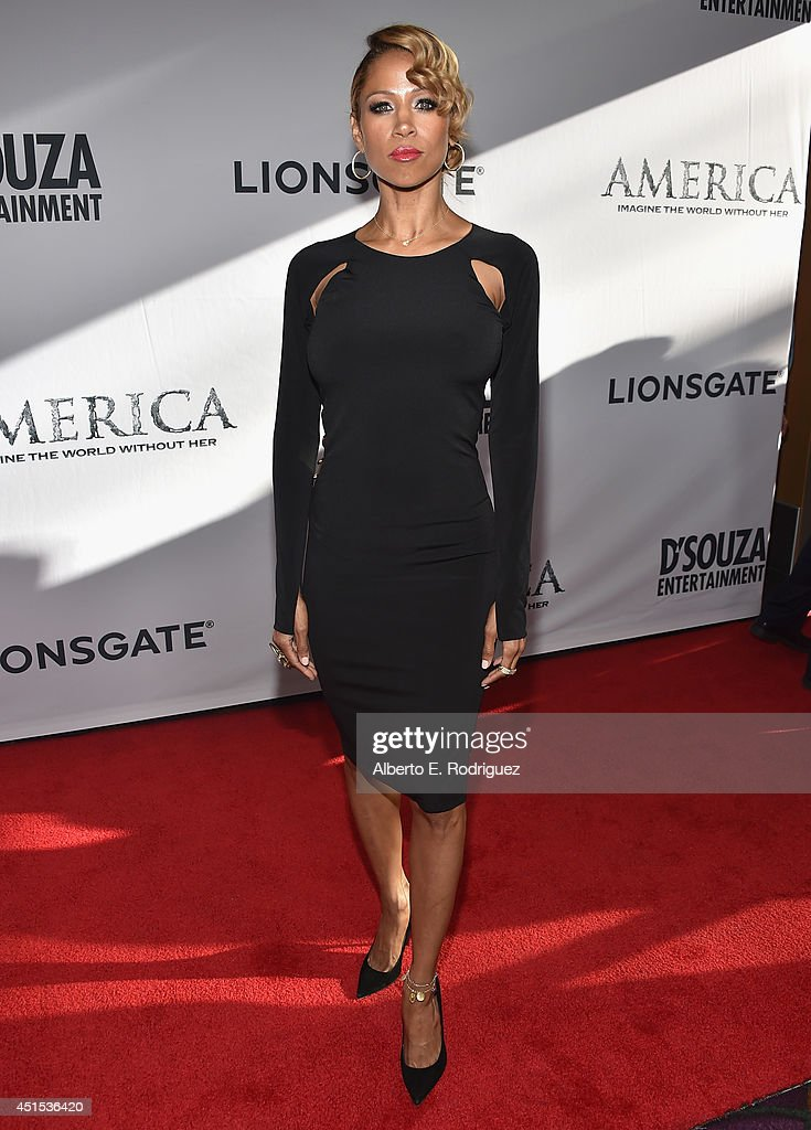 Actress <a gi-track='captionPersonalityLinkClicked' href=/galleries/search?phrase=Stacey+Dash&family=editorial&specificpeople=628527 ng-click='$event.stopPropagation()'>Stacey Dash</a> attends the premiere of Lionsgate Films' 'America' at Regal Cinemas L.A. Live on June 30, 2014 in Los Angeles, California.
