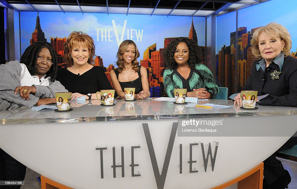 """THE VIEW - (11.15.12) Actress Stacey Dash (""""Clueless""""), who recently made headlines for her endorsement of Republican Presidential candidate Mitt Romney, guest co-hosts today, Thursday, November 15th. 'The View' airs Monday-Friday (11:00 am-12:00 pm, ET) on the ABC Television Network. WALTERS"""