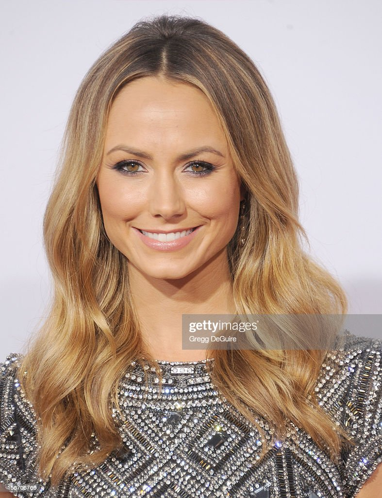 Actress <a gi-track='captionPersonalityLinkClicked' href=/galleries/search?phrase=Stacy+Keibler&family=editorial&specificpeople=3031844 ng-click='$event.stopPropagation()'>Stacy Keibler</a> arrives at the 40th Anniversary American Music Awards at Nokia Theatre L.A. Live on November 18, 2012 in Los Angeles, California.