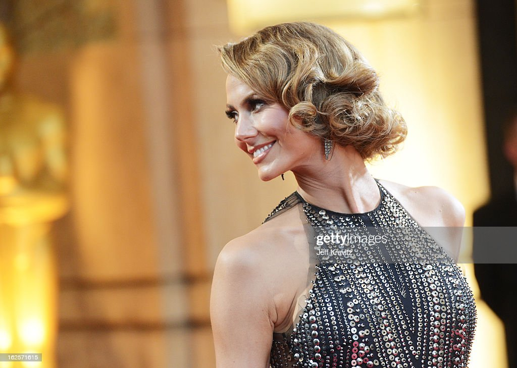Actress <a gi-track='captionPersonalityLinkClicked' href=/galleries/search?phrase=Stacy+Keibler&family=editorial&specificpeople=3031844 ng-click='$event.stopPropagation()'>Stacy Keibler</a> arrives at the Oscars at Hollywood & Highland Center on February 24, 2013 in Hollywood, California.