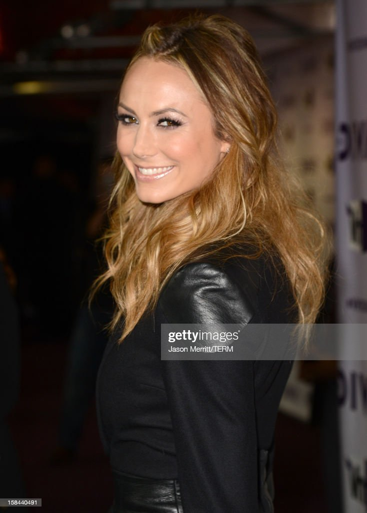 Actress <a gi-track='captionPersonalityLinkClicked' href=/galleries/search?phrase=Stacy+Keibler&family=editorial&specificpeople=3031844 ng-click='$event.stopPropagation()'>Stacy Keibler</a> arrives at 'VH1 Divas' 2012 held at The Shrine Auditorium on December 16, 2012 in Los Angeles, California.