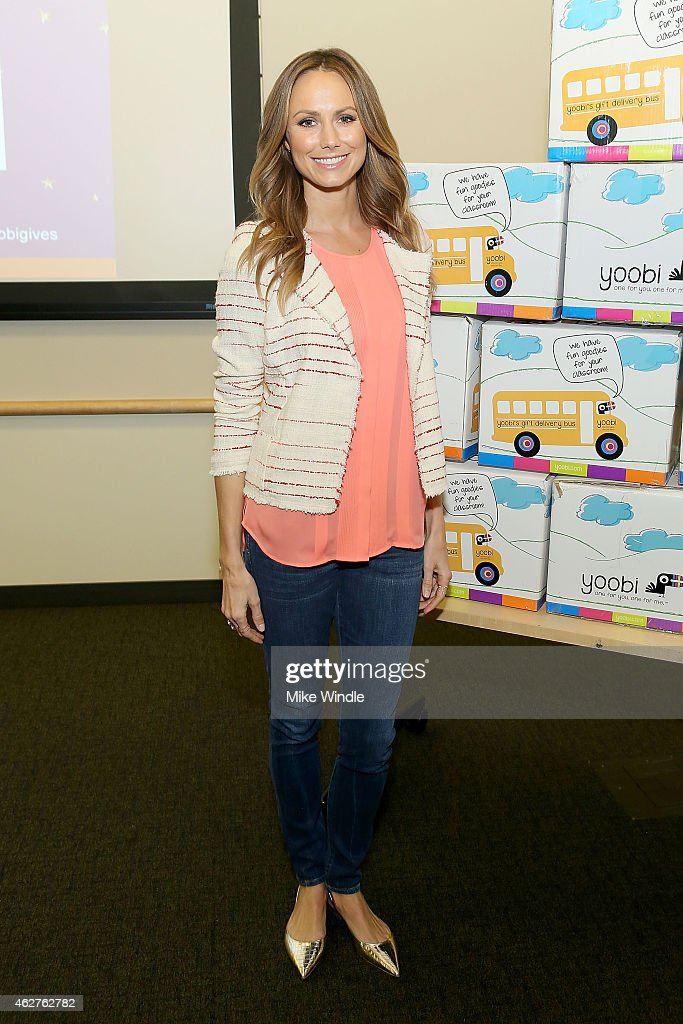 Actress Stacy Keibler attends the Yoobi & Starlight Children's Foundation Give Event at Children's Hospital Los Angeles on February 4, 2015 in Los Angeles, California.