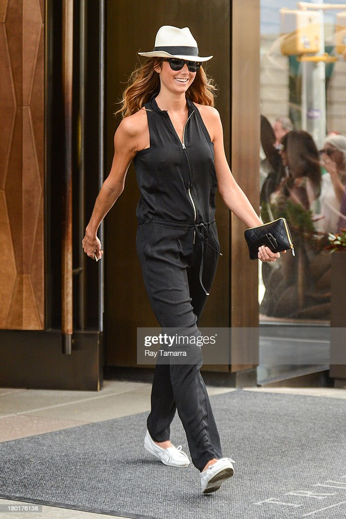 Actress <a gi-track='captionPersonalityLinkClicked' href=/galleries/search?phrase=Stacy+Keibler&family=editorial&specificpeople=3031844 ng-click='$event.stopPropagation()'>Stacy Keibler</a> leaves her Soho hotel on September 9, 2013 in New York City.
