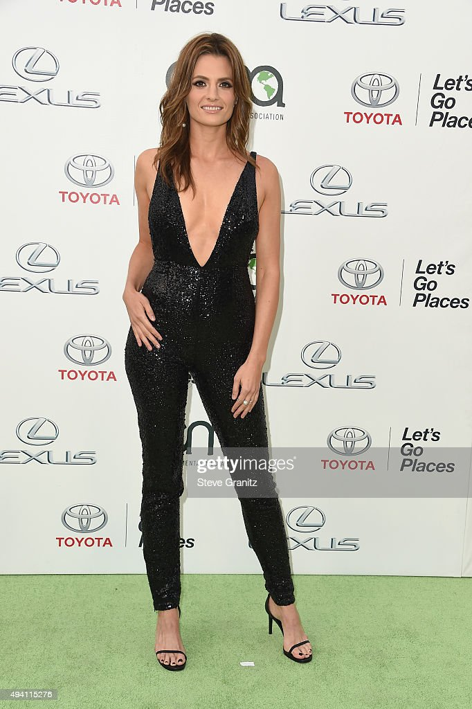 Actress <a gi-track='captionPersonalityLinkClicked' href=/galleries/search?phrase=Stana+Katic&family=editorial&specificpeople=2081035 ng-click='$event.stopPropagation()'>Stana Katic</a> attends the 25th annual EMA Awards presented by Toyota and Lexus and hosted by the Environmental Media Association at Warner Bros. Studios on October 24, 2015 in Burbank, California.