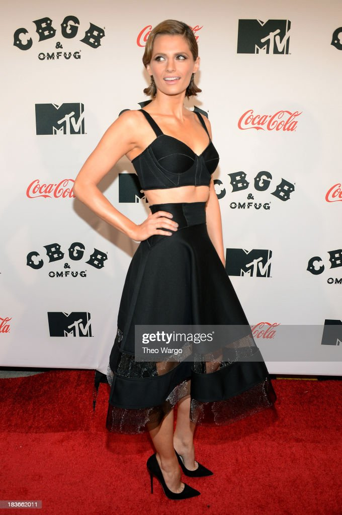 Actress <a gi-track='captionPersonalityLinkClicked' href=/galleries/search?phrase=Stana+Katic&family=editorial&specificpeople=2081035 ng-click='$event.stopPropagation()'>Stana Katic</a> attends the Premiere of 'CBGB: The Movie' during the CBGB Music & Film Festival 2013 at Landmark Sunshine Cinema on October 8, 2013 in New York City.