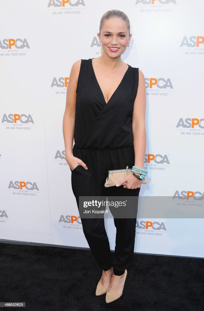 Actress <a gi-track='captionPersonalityLinkClicked' href=/galleries/search?phrase=Stephanie+McIntosh&family=editorial&specificpeople=214703 ng-click='$event.stopPropagation()'>Stephanie McIntosh</a> arrives at The American Society For The Prevention Of Cruelty To Animals Celebrity Cocktail Party on May 6, 2014 in Beverly Hills, California.
