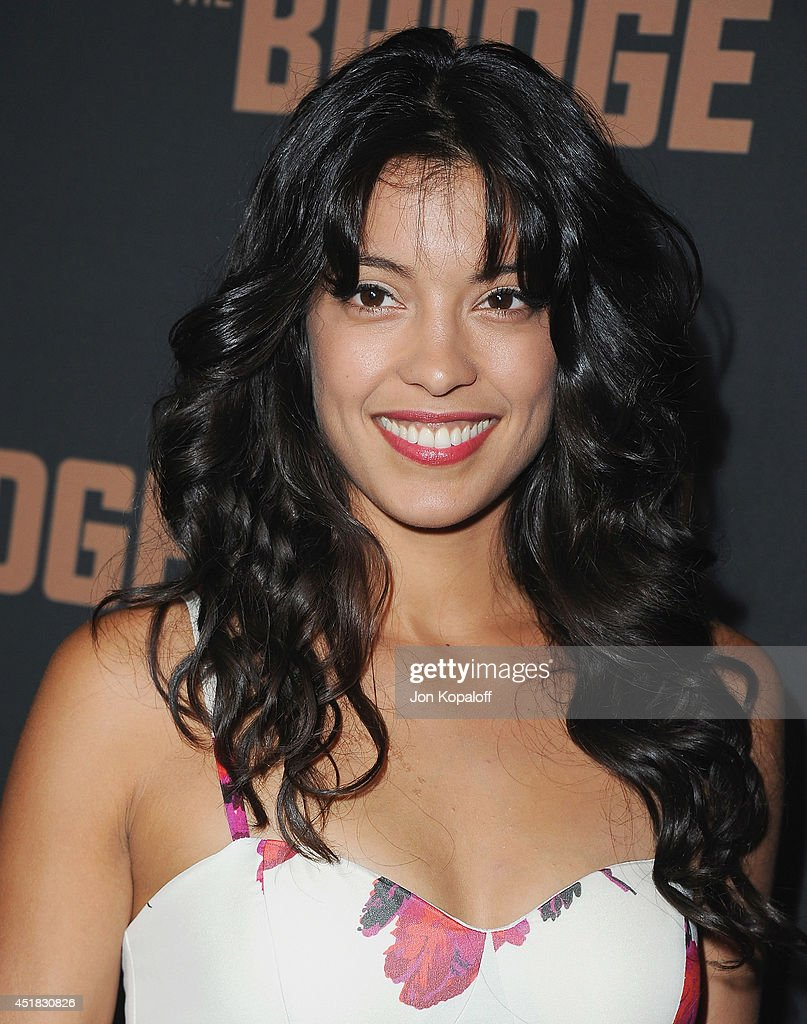 Actress <a gi-track='captionPersonalityLinkClicked' href=/galleries/search?phrase=Stephanie+Sigman&family=editorial&specificpeople=7187720 ng-click='$event.stopPropagation()'>Stephanie Sigman</a> arrives at the FX's 'The Bridge' Season 2 Premiere at Pacific Design Center on July 7, 2014 in West Hollywood, California.