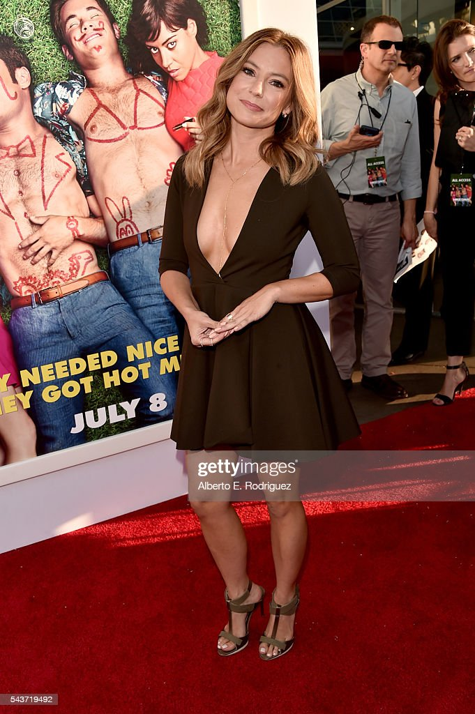 Actress Sugar Lyn Beard attends the premiere of 20th Century Fox's 'Mike and Dave Need Wedding Dates' at ArcLight Cinemas Cinerama Dome on June 29...