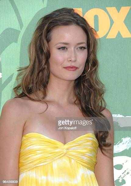 Actress Summer Glau arrives at the 2008 Teen Choice Awards at Gibson Amphitheater on August 3 2008 in Los Angeles California