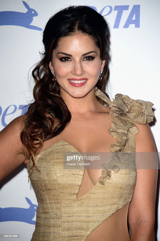 Actress <a gi-track='captionPersonalityLinkClicked' href=/galleries/search?phrase=Sunny+Leone&family=editorial&specificpeople=4105641 ng-click='$event.stopPropagation()'>Sunny Leone</a> arrives at PETA's 35th Anniversary Party at Hollywood Palladium on September 30, 2015 in Los Angeles, California.