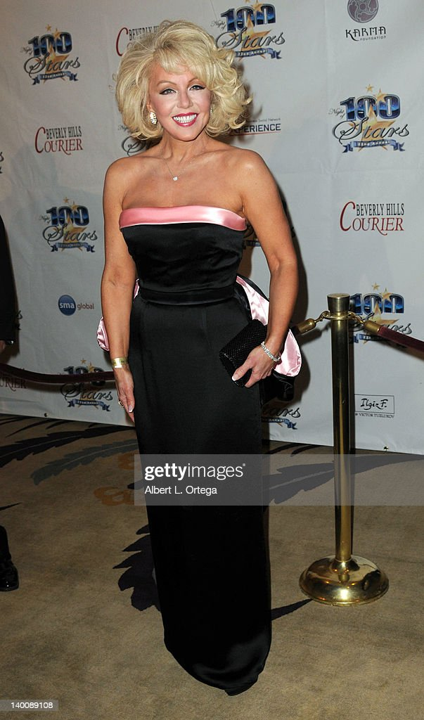 Actress Sunny Thompson arrives for Norby Walters' 22nd Annual Night Of 100 Stars Oscar Viewing Gala held at The Beverly Hills Hotel on February 26, 2012 in Beverly Hills, California.