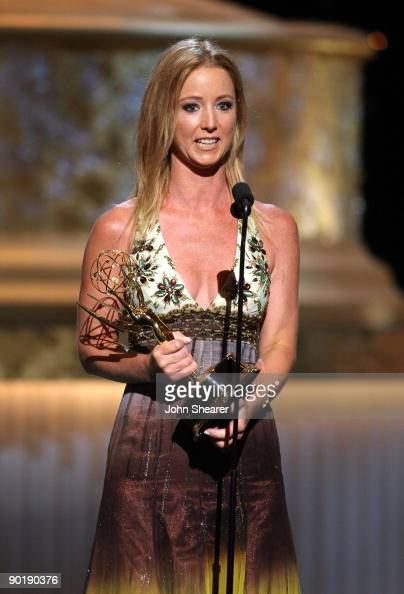 Actress Susan Haskell accepts the Emmy for Lead Actress in a Drama Series during the 36th Annual Daytime Emmy Awards at The Orpheum Theatre on August...