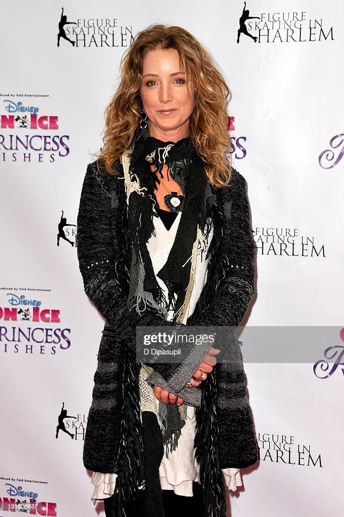 Actress <a gi-track='captionPersonalityLinkClicked' href=/galleries/search?phrase=Susan+Haskell&family=editorial&specificpeople=5040821 ng-click='$event.stopPropagation()'>Susan Haskell</a> attends Disney On Ice's 'Princess Wishes' opening night at Madison Square Garden on January 21, 2011 in New York City.