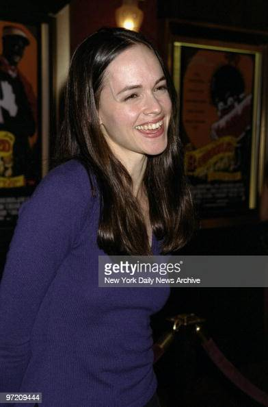 Actress Susan May Pratt arrives smiling for the premiere ...