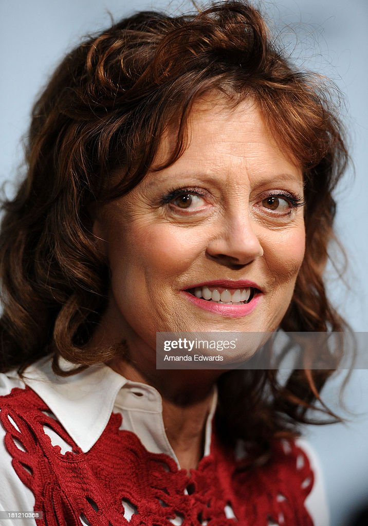Actress <a gi-track='captionPersonalityLinkClicked' href=/galleries/search?phrase=Susan+Sarandon&family=editorial&specificpeople=202474 ng-click='$event.stopPropagation()'>Susan Sarandon</a> arrives at the 2nd Annual Beyond Hunger: A Place At The Table Benefit Honoring <a gi-track='captionPersonalityLinkClicked' href=/galleries/search?phrase=Susan+Sarandon&family=editorial&specificpeople=202474 ng-click='$event.stopPropagation()'>Susan Sarandon</a> at Montage Beverly Hills on September 19, 2013 in Beverly Hills, California.