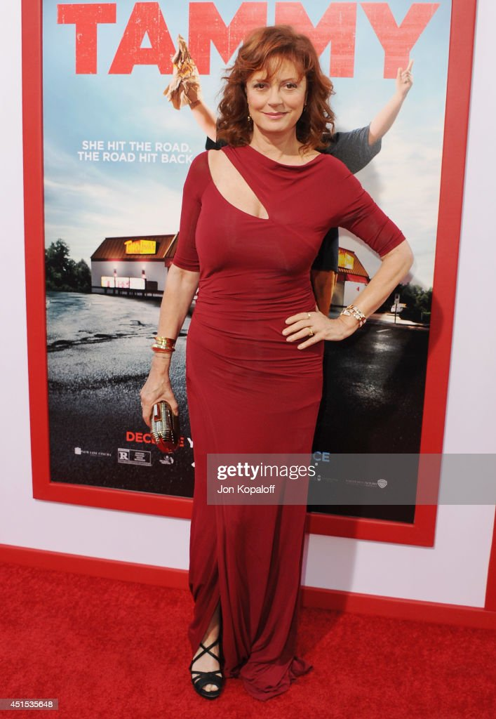 Actress <a gi-track='captionPersonalityLinkClicked' href=/galleries/search?phrase=Susan+Sarandon&family=editorial&specificpeople=202474 ng-click='$event.stopPropagation()'>Susan Sarandon</a> arrives at the Los Angeles Premiere 'Tammy' at TCL Chinese Theatre on June 30, 2014 in Hollywood, California.