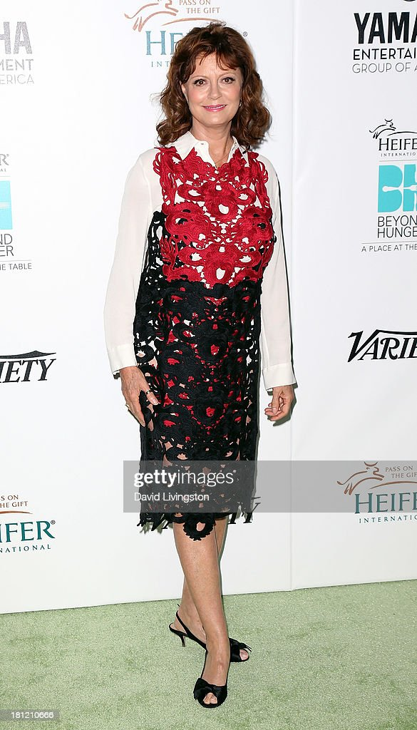Actress <a gi-track='captionPersonalityLinkClicked' href=/galleries/search?phrase=Susan+Sarandon&family=editorial&specificpeople=202474 ng-click='$event.stopPropagation()'>Susan Sarandon</a> attends Heifer International's 'Beyond Hunger: A Place at the Table' gala at Montage Beverly Hills on September 19, 2013 in Beverly Hills, California.