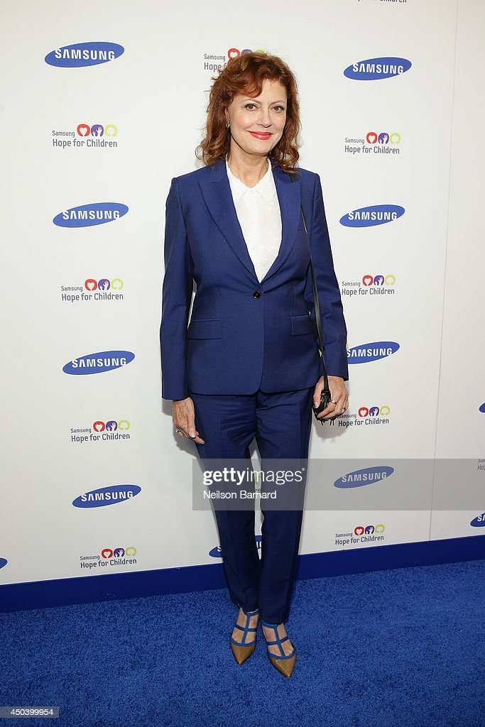 Actress <a gi-track='captionPersonalityLinkClicked' href=/galleries/search?phrase=Susan+Sarandon&family=editorial&specificpeople=202474 ng-click='$event.stopPropagation()'>Susan Sarandon</a> attends the Samsung Hope For Children Gala 2014 on June 10, 2014 in New York City.